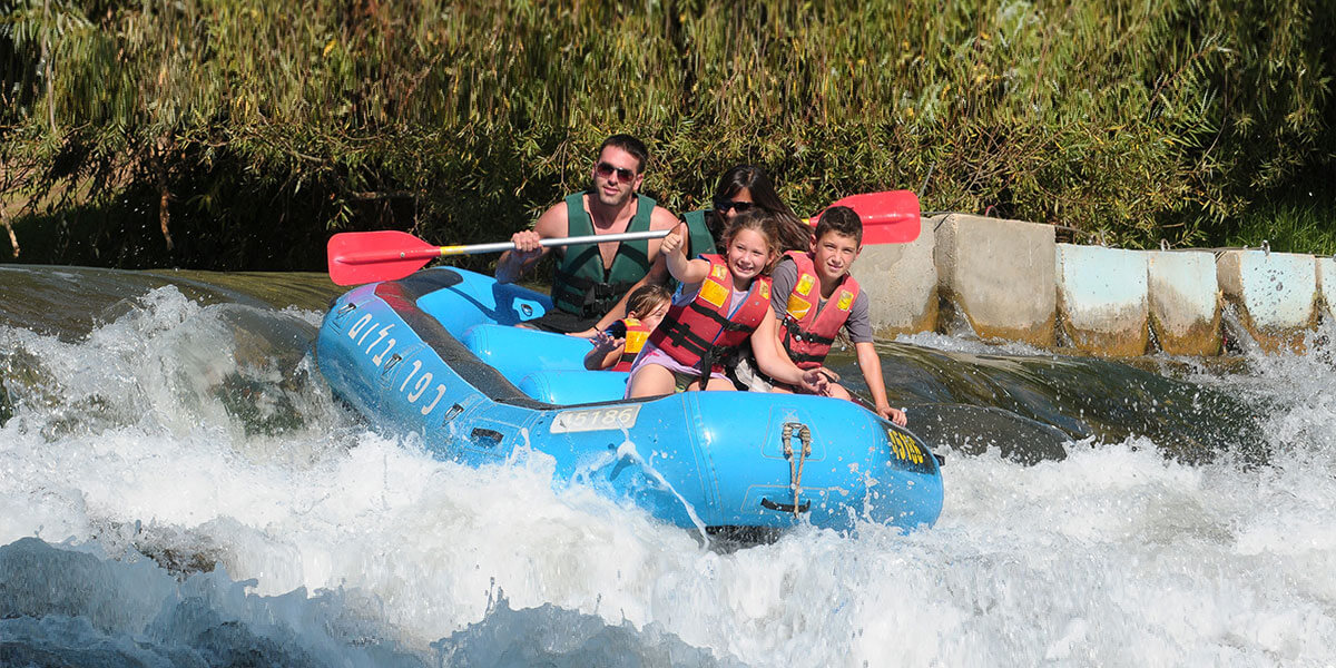kayak-family-style