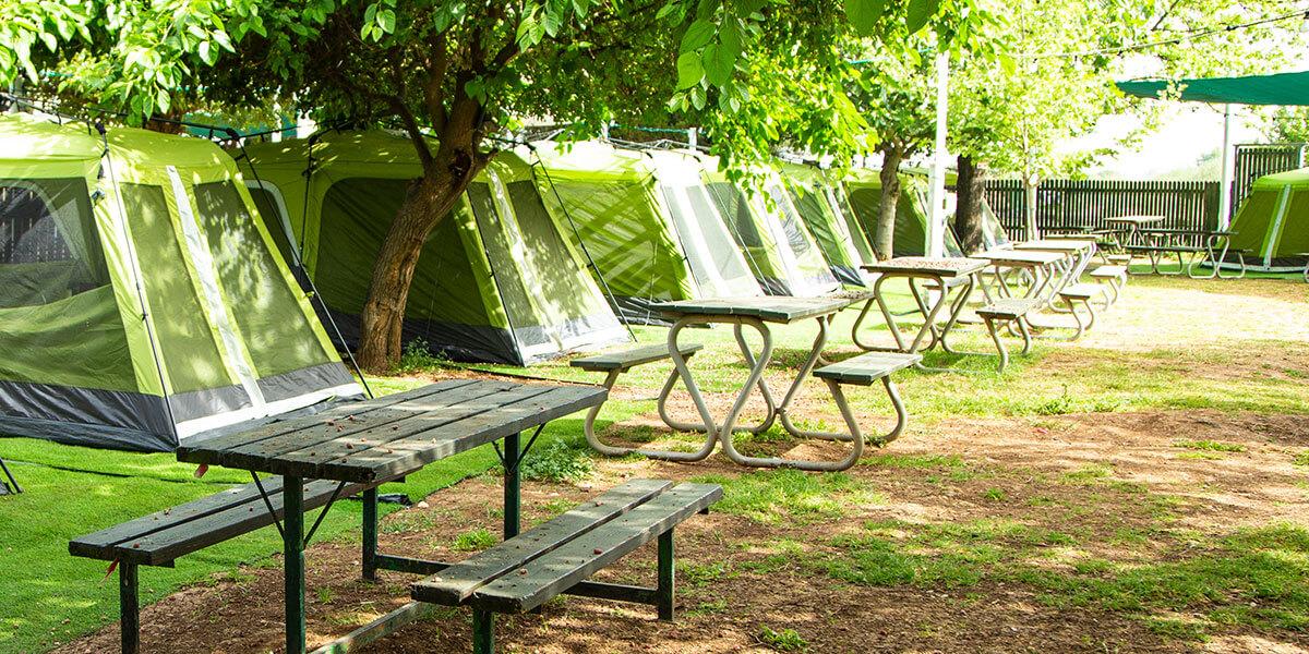 קמפינג בצפון באוהל קולמן